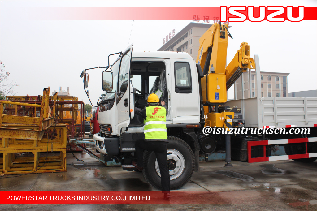 Isuzu 10 ton Knuckle Boom Truck Mounted Crane For Lifting Heavy Things
