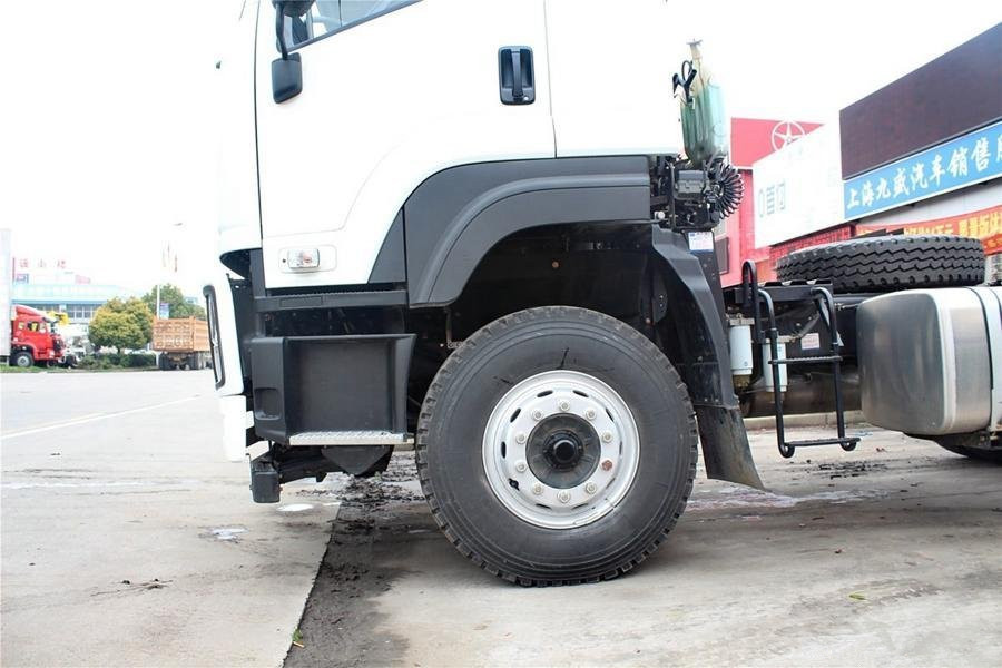 Hot sale 350hp Isuzu brand GXZ 6*4 heavy duty tractor truck