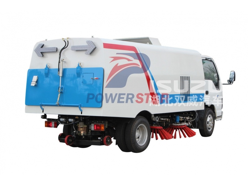Guaranteed quality airport runway sweeper price of vacuum road sweeper truck for sale
